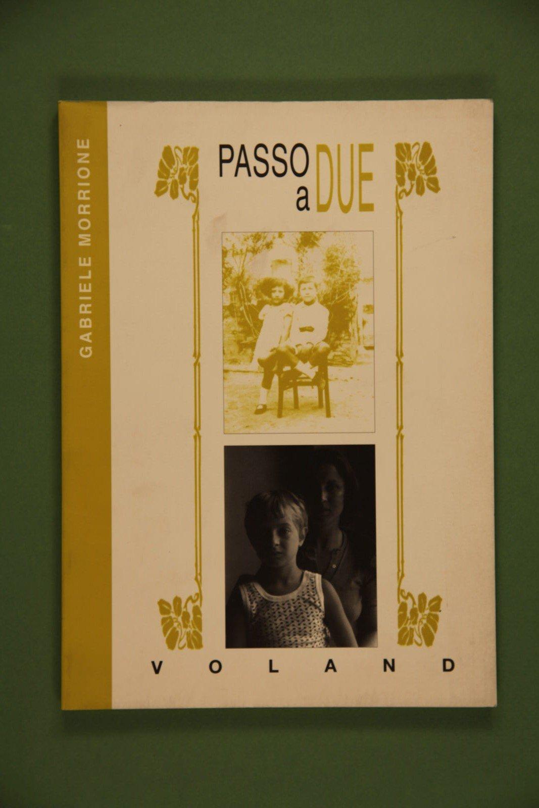 """Copertina del libro """"Passo a due"""" di Gabriele Morrione"""